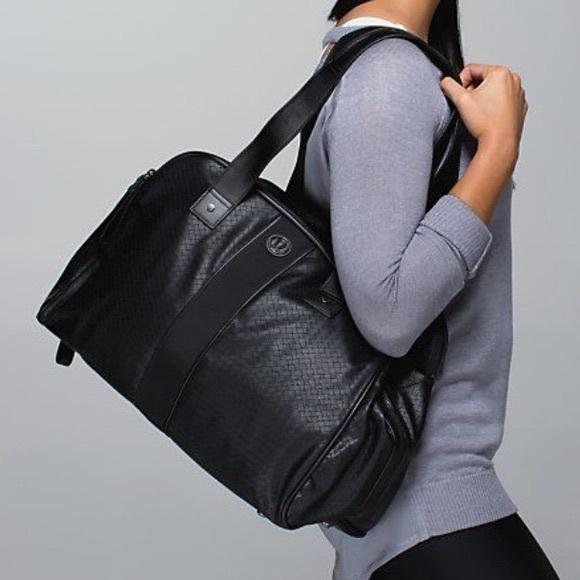 Lululemon Two Times A Yogi Duffle Bag Black